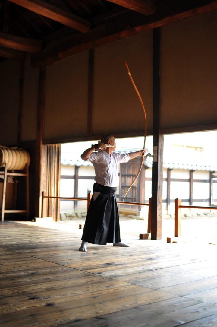 Two very experienced Kyudoka in a Nagano dojo
