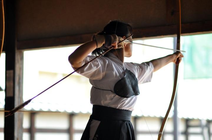A very experienced Kyudoka in a Nagano dojo