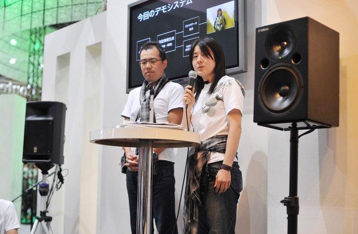 singing_robot4