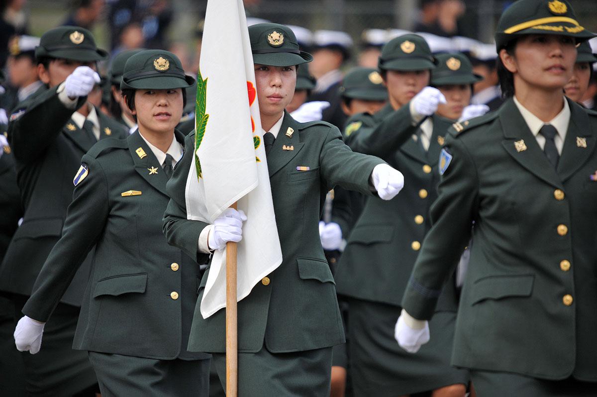 Women in uniform | Tokyobling's Blog