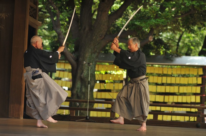 swords_yasukuni_shrine_4973