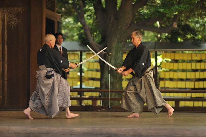 swords_yasukuni_shrine_4983