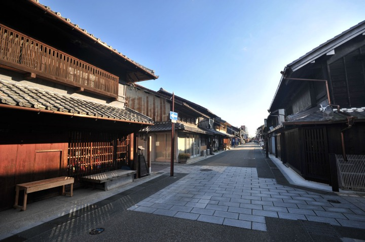 inuyama_castle_town_1735