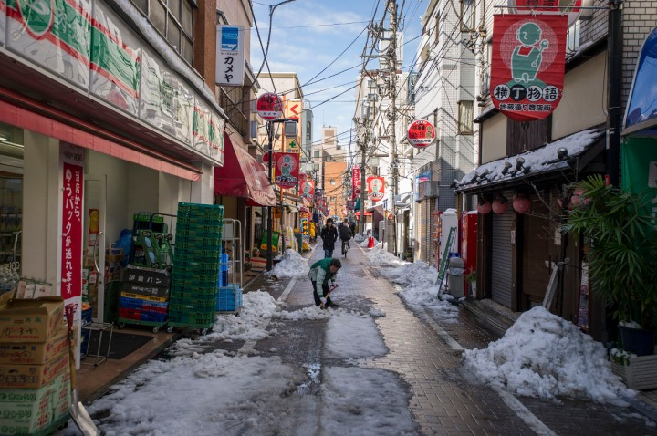 snowy_tokyo_streets_2744