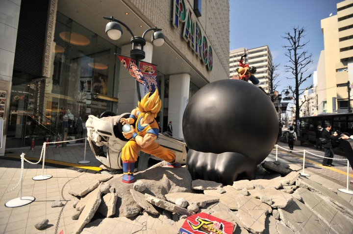 one_piece_dragon_ball_statues_7859