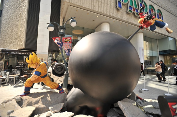 one_piece_dragon_ball_statues_7861