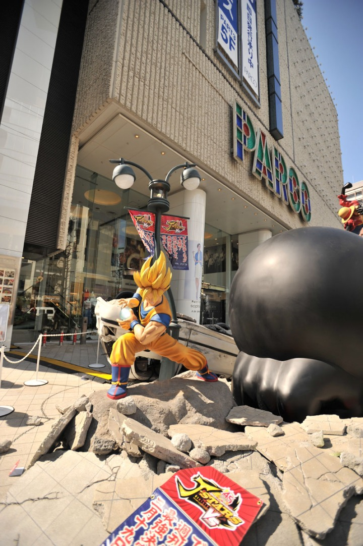 one_piece_dragon_ball_statues_7876