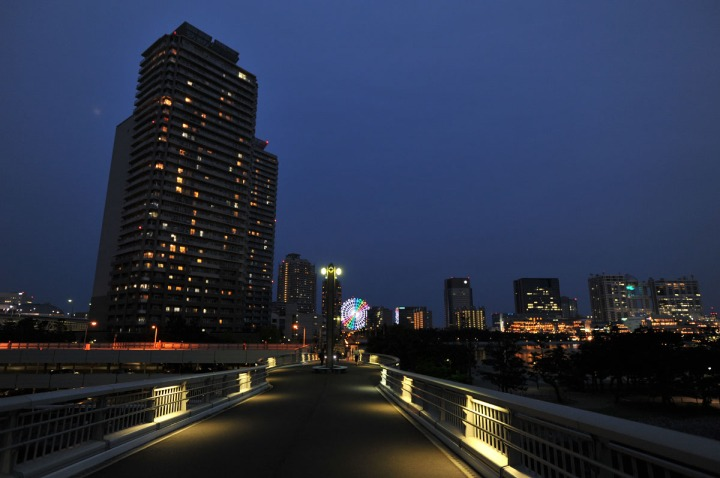 rainbow_bridge_south_promenade_3740