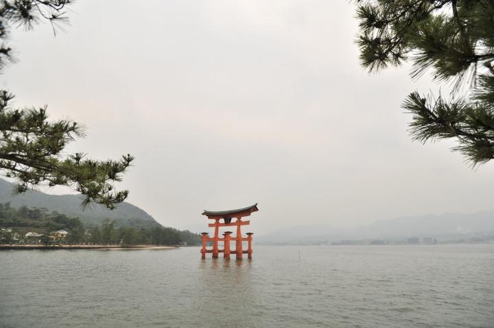 itsukishima_shrine_miyajima_torii_6667
