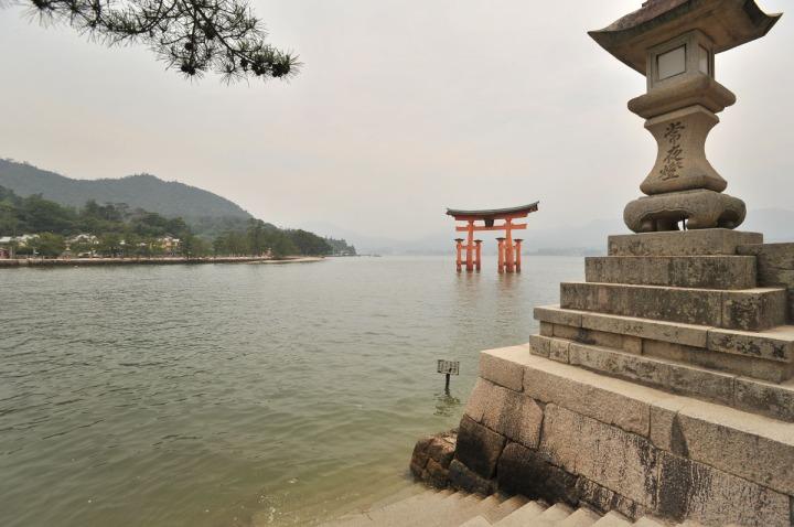 itsukishima_shrine_miyajima_torii_6751
