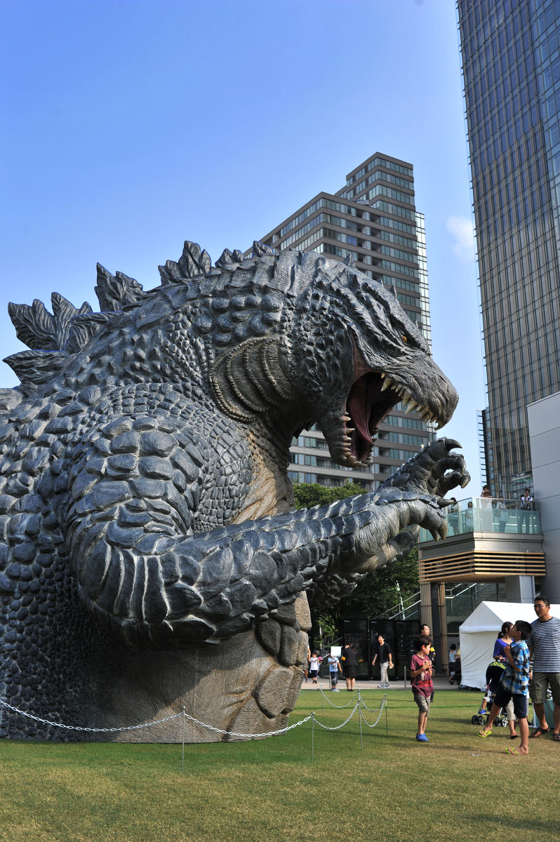 godzilla in roppongi midtown tokyoblings blog