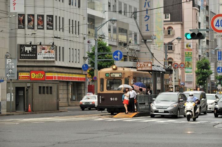 hiroshima_streetcars_hiroden_9109