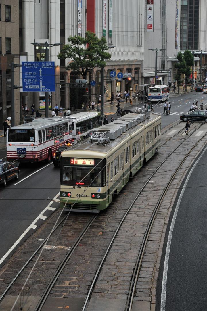 hiroshima_streetcars_hiroden_9160
