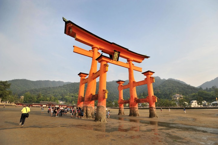 itsukushima_shrine_miyajima_torii_7907