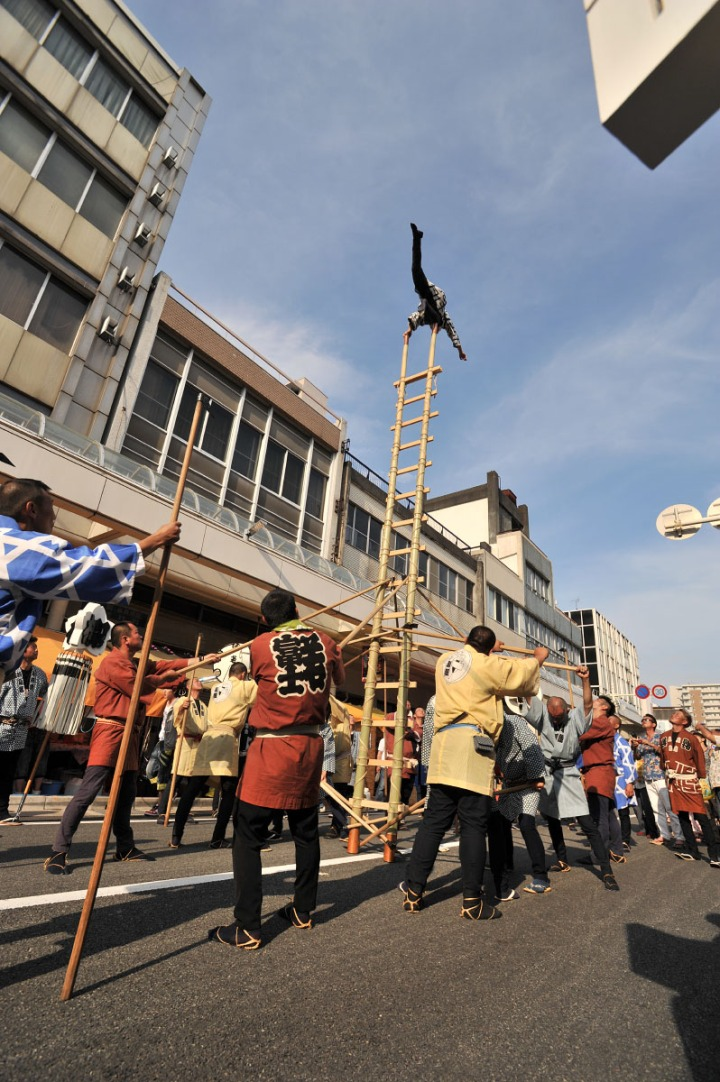 yoshiwara_gionsai_2014_ladders_5297