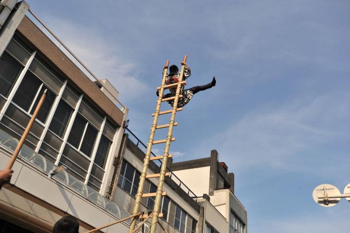 yoshiwara_gionsai_2014_ladders_5316