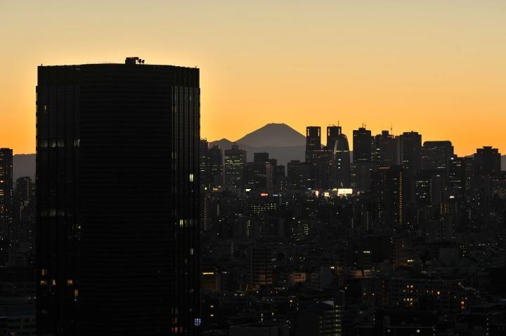 tokyo_sunset_bunkyo_ward_office_1419