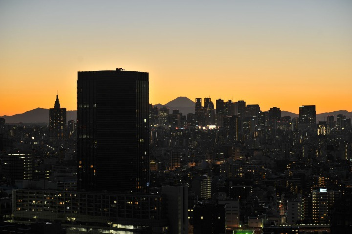 tokyo_sunset_bunkyo_ward_office_1444