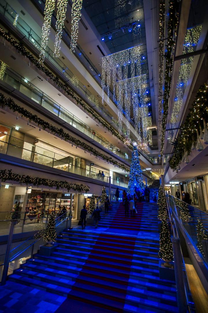 omotesando_hills_Christmas_tree_5450