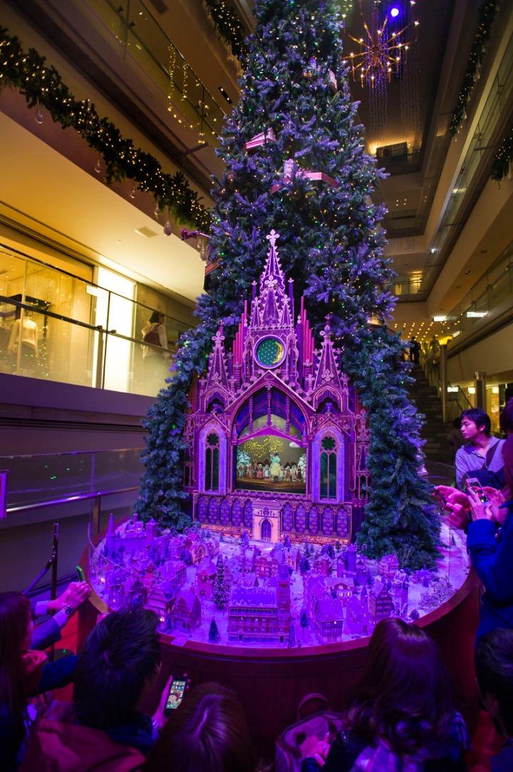 omotesando_hills_Christmas_tree_5468