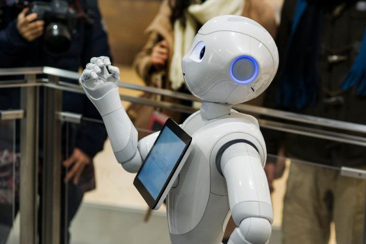 softbank_pepper_robot_0009
