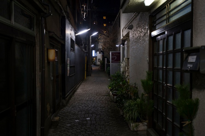 kagurazaka_backstreets_night_0876