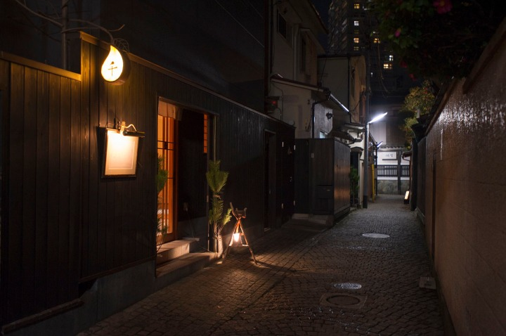 kagurazaka_backstreets_night_0892