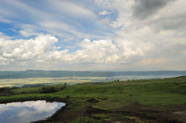 driving_to_mount_aso_8155