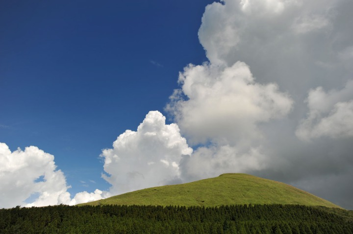 driving_to_mount_aso_8170