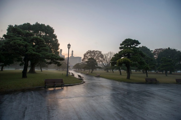 imperial_palace_fog_7169