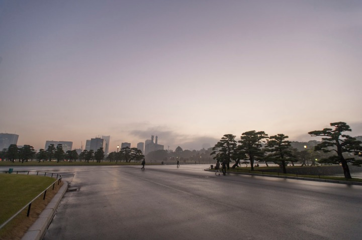 imperial_palace_fog_7343